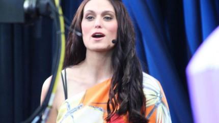 Morgan Webb Sing