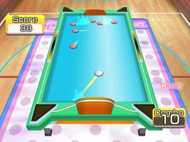 Family Glide Hockey - WiiWare