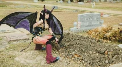 Horny Batgirl